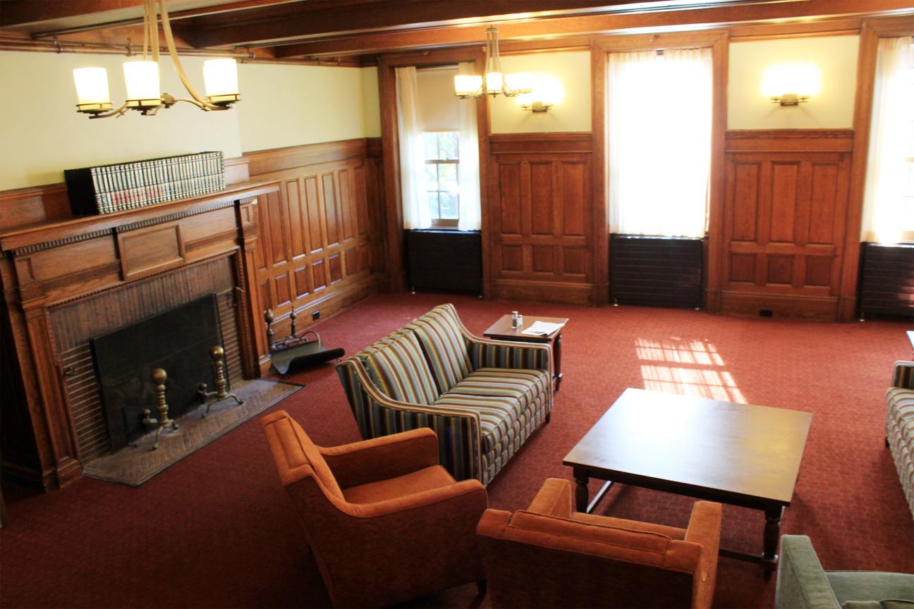 Gillett living room