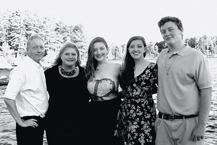 Allison Sagraves Connors '82,a chief data officer, with husband Greg and Caroline, Madeline and Greg.