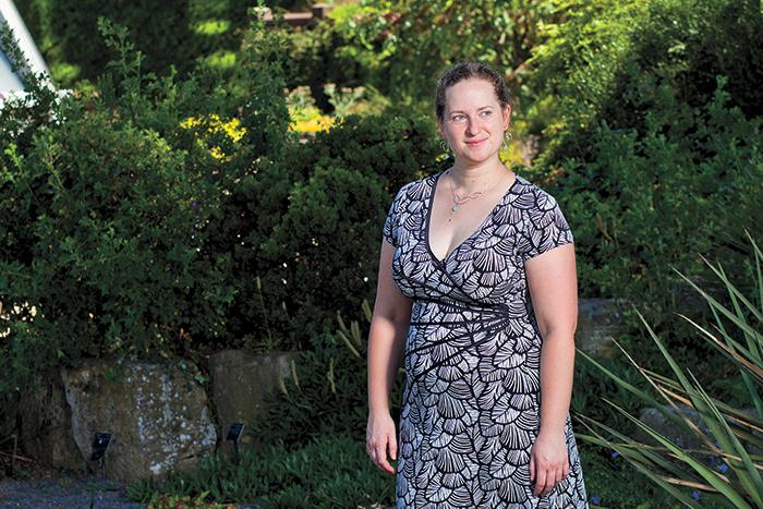 Elizabeth McCarthy '06