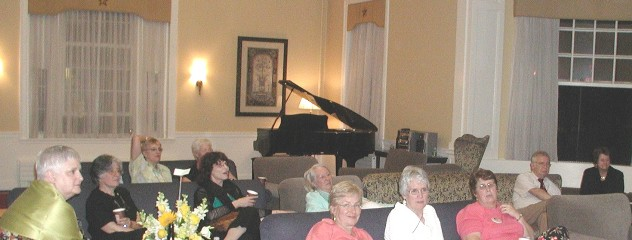 r2006-59sing-audience